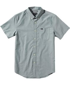7132dd44ce8d The RVCA boy  That  Do Oxford is a slim fit, short sleeve, button down  woven shirt with one patch pocket at left chest and buttons at collar  points.