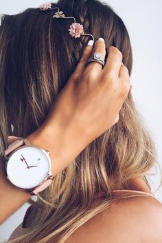 classic minimalist designs Ladies fashion watch