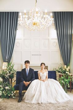 Pre Wedding Poses, Pre Wedding Photoshoot, Wedding Shoot, Korean Couple Photoshoot, Korean Wedding Photography, White Wedding Decorations, Foto Wedding, Romantic Wedding Photos, Dream Wedding Dresses