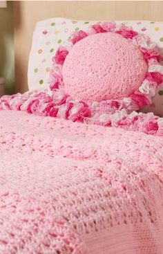 Sweet Ruffles Blanket & Pillow Free Crochet Pattern from Red Heart Yarns