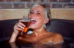 Resultados da Pesquisa de imagens do Google para http://hotelesbaratospraga.com/wp-content/uploads/2011/04/chodovar-ba%C3%B1o-de-cerveza.jpg