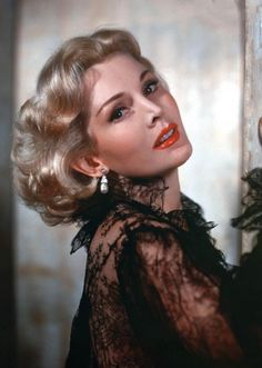 Zsa Zsa Gabor| Be inspirational  ❥|Mz. Manerz: Being well dressed is a beautiful form of confidence, happiness & politeness
