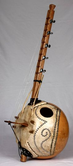 Kora (West African 21-string harp-lute)