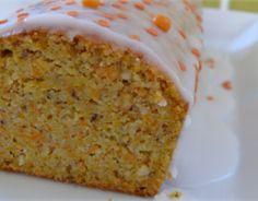Carrot cake léger - See Tutorial and Ideas Easy Cake Recipes, Raw Food Recipes, Cake Light, Hazelnut Cake, Star Cakes, Salty Cake, Savoury Cake, Mini Cakes, Clean Eating Snacks