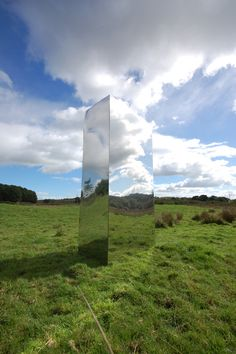 Rob Mulholland, artist based in Scotland who creates environmental art and public sculpture, exhibits throughout the U. Art Environnemental, Modern Art, Contemporary Art, Mirror Photography, Smart Art, Mirror Art, Art For Art Sake, Environmental Art, Land Art