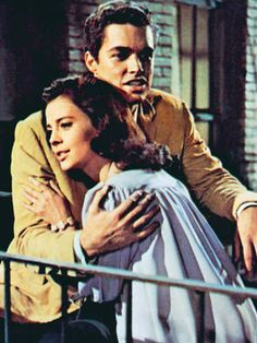 the similarities between romeo and juliet and west side story Unlike in romeo & juliet, in west side story tony does not hear maria's inmost thoughts as romeo does when hiding below juliet's balcony instead, he calls out for her and is actively seeking her.