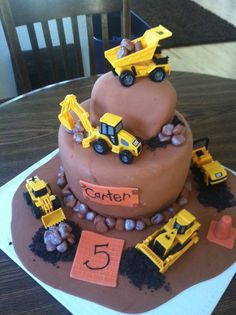 Construction theme birthday cake