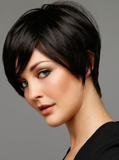Trendy Short Hairstyles: Simple Everyday Hairstyle for Short Hair