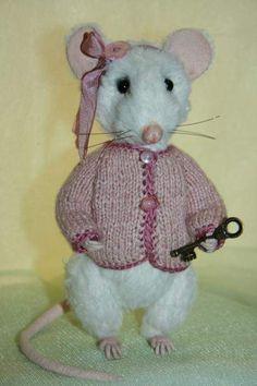 Mouse Alya by TasyaTeddyBears
