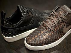Nike Courtside Woven