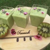 Avo And Kiwi Dessert recipe by Tasmiah Tayoob posted on 21 Jan 2017 . Recipe has a rating of by 1 members and the recipe belongs in the Desserts, Sweet Meats recipes category Pudding Desserts, Easy Desserts, Dessert Recipes, Kiwi Dessert, Sweet Meat Recipe, 3 Ingredient Recipes, Recipe Ratings, Food Categories, 3 Ingredients