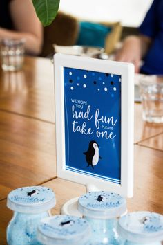 Grab a favor sign, penguin baby shower decor, penguin party sign, boy baby Baby Shower Table Set Up, Baby Shower Favors, Shower Party, Baby Shower Parties, Baby Boy Shower, Baby Shower Decorations, Decoration Party, Sprinkle Shower, Baby Sprinkle