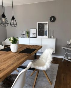 Dinning room design Love the sheepskin rug on the chair, this dining room is a perfect picture of no Dining Room Design, Dining Room Table, Scandi Dining Table, Design Room, Small Dining, Home Interior Design, Interior Plants, Luxury Interior, Interior Architecture