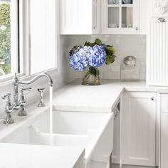 French provincial in vivid white. Colonial glazing, traditional taps, corbels and fluting provide the all important detailing of this… French Bedroom Decor, French Decor, French Country Decorating, French Country Exterior, French Farmhouse, French Provincial Kitchen, Hamptons Style Decor, Hamptons Kitchen, White Shaker Kitchen