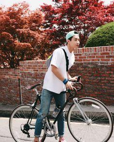 beautiful weather ! who wants to go on a bike ride? #playgreen #bike_dol #innisfree
