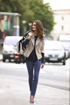 polka dot jeans, leather jacket, black long sleeve top,blue pumps #fashion