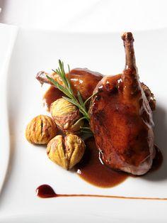 Restaurante Parrilla Albarracín:  Premio Cocina Creativa / Autor - Plato Central :  Pichón de Bresse relleno con castañas y haba tonka
