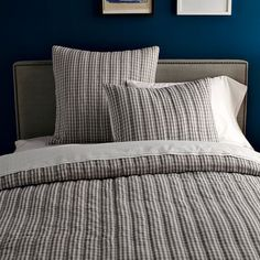 Love this grey gingham bedding for my new master??!  West Elm
