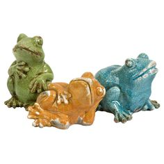Three-piece ceramic frog statue set. These are so cute and would fantastic in a flower garden or on a patio/deck.