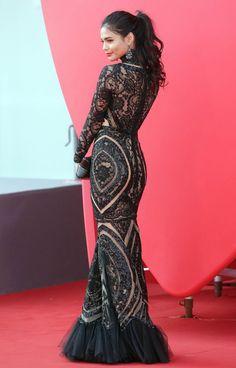 Loving this dress worn by Philippine actress, Lovi Poe at the Venice Film Festival. Filipina Actress, Filipina Beauty, Couture Fashion, Fashion Show, High Fashion, Women's Fashion, Lovi Poe, Filipino Fashion, Philippine Fashion