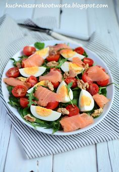 Kuchnia szeroko otwarta Fish Salad, Tuna Salad, Caprese Salad, Fruit Salad, Cooking Recipes, Healthy Recipes, Healthy Food, Salmon, Vegan