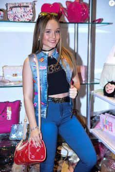 Larissa Manoela, Estrela, Victoria Secret, Divas, Massa, Celebridades,  Artistas bf0917b7ea