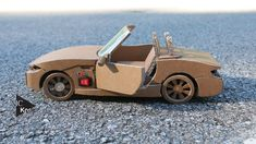 hello friends this is Gearpur this video is how to make cardboard dirt bike very simple at home i hope you guys you really like this material use cardboard g. Cardboard Car, Cardboard Sculpture, Cardboard Crafts, Bmw Z4, Diy Toys Car, Rc Cars Diy, Diy Car Cleaning, Wooden Toy Cars, Paper Car