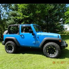 Jeep wrangler rubicon in cosmos blue. Yes please!