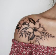 Sexy And Charming Shoulder Tattoo Designs For Women; Sexy Tattoo For Women;Floral Tattoos; Tattoo 30 Sexy And Charming Shoulder Tattoo Designs For Women - Page 16 of 30 Tattoo P, Piercing Tattoo, Body Art Tattoos, Small Tattoos, Tattoo Fonts, Wrist Tattoo, Woman Tattoos, Tattoo Finger, Underboob Tattoo