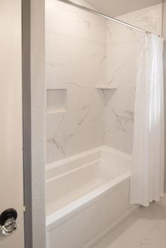If you are looking for Bathroom Shower Remodel Ideas, You come to the right place. Below are the Bathroom Shower Remodel Ideas. Bathtub Tile Surround, Bath Surround, Bathtub Walls, Tile Around Bathtub, Bathtub Remodel, Shower Remodel, Bad Inspiration, Bathroom Inspiration, Bath Tiles