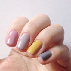 Perhaps you have discovered your nails lack of some stylish nail art? Yes, lately, many girls personalize their nails with beautiful … Pink Nails, My Nails, Pastel Nails, Nail Deco, Yellow Nail Art, Nagellack Trends, Nail Polish, Nail Nail, Super Nails