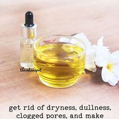 Lavender oil cleansing BENEFITS This homemade oil cleanser useshellip Coconut Oil Hair Spray, How To Grow Eyebrows, Cleansing Oil, Facial Oil, Lavender Oil, Beauty Recipe, Castor Oil, Hair Oil, Argan Oil