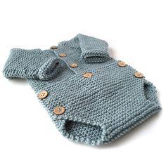 Aprende a tejer un sencillo y adorable pelele de punto de bebé con este tutorial…
