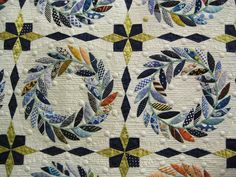Fantastic quilt... click to the folder to see the full quiltpretty in greens and reds for christmas