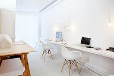 Workspace. Office of PHDD Arquitectos