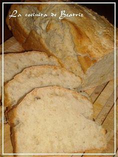 PAN DE CERVEZA (ULTRA RAPIDO) Este pan ha sido todo un decubrimiento!!!!!!!!!! Es super super rapido, necesita pocos ingredientes y no tienes que dejarlo levar!!!! Y sale un pan buenisimo. De miga compacta y esponjosa...tentador donde los haya cuando sale del horno. Te salva una urgencia cuando necesitas pan. Altisimamente recomendable!!! Biscuit Bread, Pan Bread, Pan Rapido, Bread Recipes, Cooking Recipes, Comidas Light, Salty Foods, Pan Dulce, Super Rapido