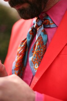 27 Bright And Colorful Groom's Suits Ideas | Weddingomania