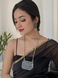 Silver Choker Necklace, Necklace Set, Silver Jewelry, Oxidised Jewellery, Bead Jewellery, Female Fashion, Women's Fashion, Fashion Outfits, Beautiful Saree