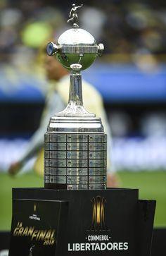 Club Olimpia, Perfume Bottles, Soccer, San, Victoria, Garter, Football Awards, Athlete, Football Soccer