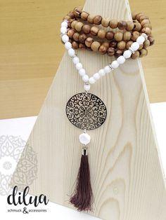 Halsketten von - dilua - schmuck und accessoires Tassel Necklace, Tassels, Jewelry, Fashion, Czech Glass Beads, Silver Pendants, Gems, Handmade, Armband