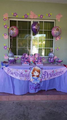 Sofia the First cupcakes | My Girls\' Birthday Parties | Pinterest ...