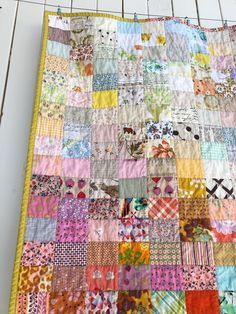 So excited to start showing you my finished scrap quilts for For a bit more background, read this post here . Scrappy Quilts, Baby Quilts, Wool Quilts, Patchwork Quilting, Ideas Scrap, Quilting Projects, Sewing Projects, Duvet, Scrap Quilt Patterns