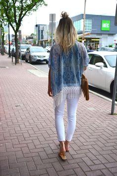 Fringe Kimono with White Skinny Jeans & fringe bag