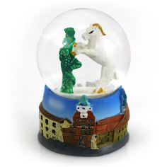 Snow globe from Lublin. Inside there is a Goat of the coat of arms of the city. Picture Snow Globe, Poland Flag, Sissi, Snowball, Coat Of Arms, Pinwheels, Windmill, All Pictures, Crane