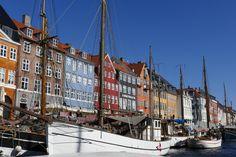 À 2 pas de Norrenport (accès direct depuis l'aéroport), à l'hôtel Ibsens, petit-déjeuner au top et jogging tous les matins avec le staff. Air France, Toulouse, Copenhagen Hotel, Matins, Fjord, Jogging, Hotels, Colorful Houses, Copenhagen