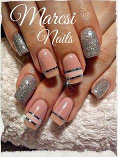 Nude nail, glitter nail art
