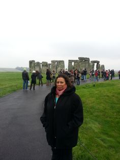 My sister, Linda Cureton, and a bus load of other tourists. Have A Day, Stonehenge, London Travel, Sisters