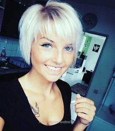 Great 20+ Latest Short Hairstyles for Round Face Shape – Love this Hair The post 20+ Latest Short Hairstyles for Round Face Shape – Love this Hair… appeared first on Haircuts and Hairstyl ..