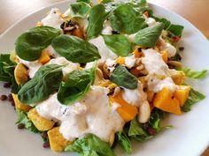 Sałatka z kurczakiem i mango http://fantazjesmaku.weebly.com/sa322atka-z-kurczakiem-i-mango.html