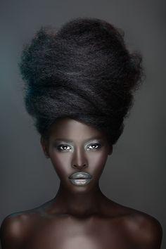 smooth beautiful black skin w/ silver makeup + lotsa hair ; )  (via  aminah tumblr 1593223869)